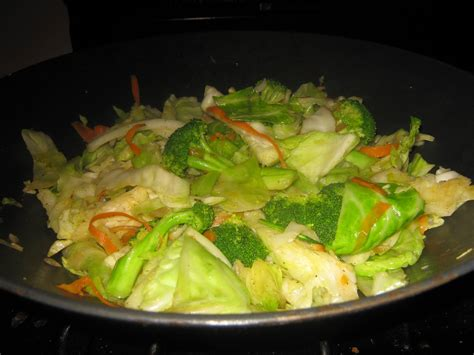 cuisine wok mixed vegetable recipe made with fresh green cabbage