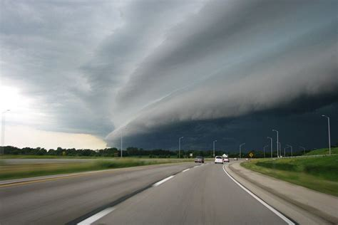 storm florida driving hurricane road clouds through tips rain break tornadoes storms tornado safety weather virginia coming chasing thunderstorms study