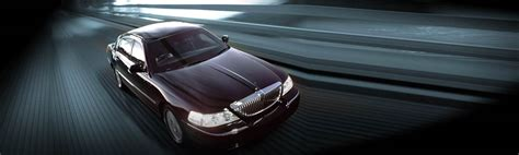 Airport Town Car Service by Town Cars