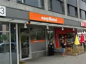 Bliss Hotel Frankfurt : easyhotel frankfurt updated 2017 hotel reviews price comparison germany tripadvisor ~ Orissabook.com Haus und Dekorationen