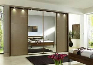 Kleiderschrank Mit Vielen Fächern : armoire 2 portes coulissantes pour un style de rangement raffin ~ Markanthonyermac.com Haus und Dekorationen