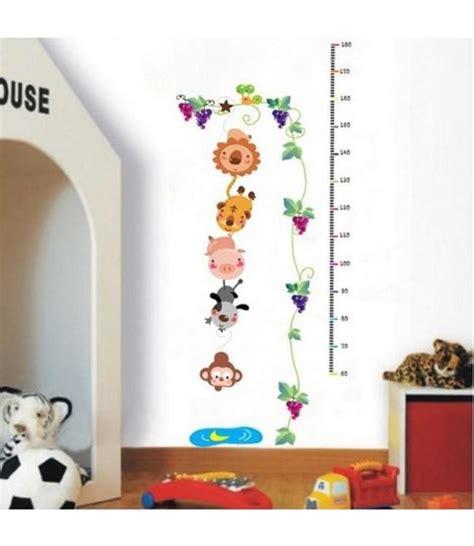 muursticker groeimeter dieren en druifjes babykamer
