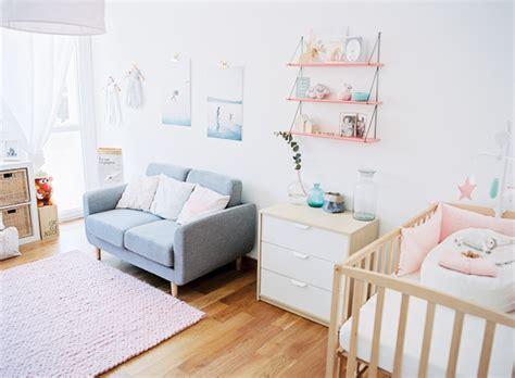 canapé bébé petit canapé gris pour la chambre bébé chambre bébé