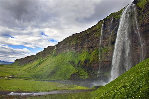 All About The Famous Places Iceland Scenery Toursim New
