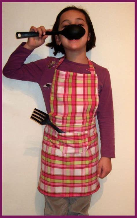 couture tablier de cuisine tablier de cuisine 8 ans titella créations couture