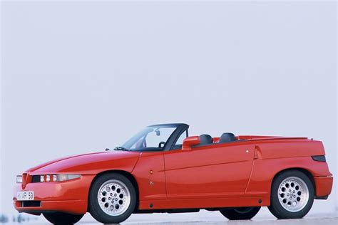 Alfa Romeo Car : Classic Car Review