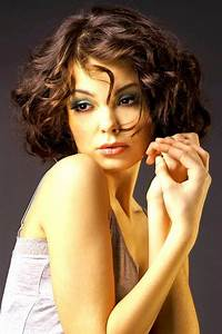Frisuren Locken Mittellang : bob frisuren mittellang mit locken frisuren pinterest hair styles short hair styles and ~ Frokenaadalensverden.com Haus und Dekorationen