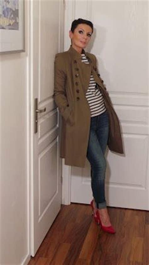 look moderne femme 50 ans 17 meilleures id 233 es 224 propos de mode femme 50 ans sur coupe femme 50 ans coupe