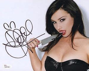 danielle harris sexy danielle harris sexy signed autograph 8x10 photo jsa