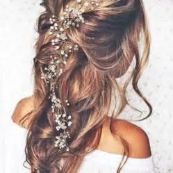 coiffure mariage cheveux mi lachã s coiffures de mariées cheveux mi longs