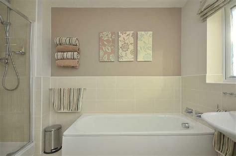 Badezimmer Fliesen Creme by Photo Of Beige White Bathroom Family Bathroom