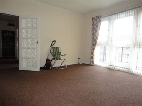 Martin & Co Glasgow West End 2 bedroom Flat to rent in