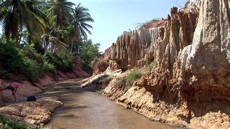 vietnam muine red canyon  mui ne   coastal fish flickr