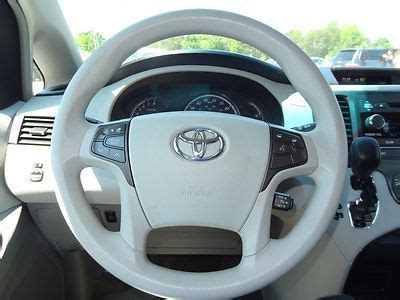 sell   toyota sienna le  passenger salvage title