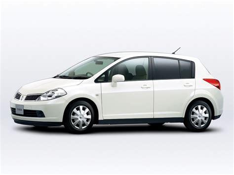 Nissan tiida - Imagenes de Carros | Imagenes de Carros