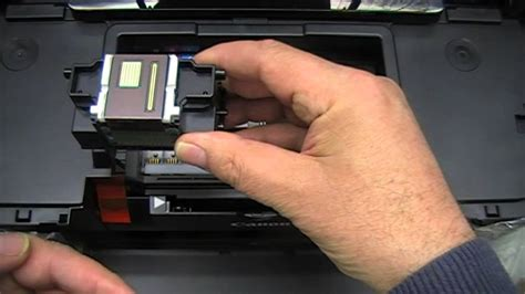 How to remove and clean a Canon printhead - YouTube