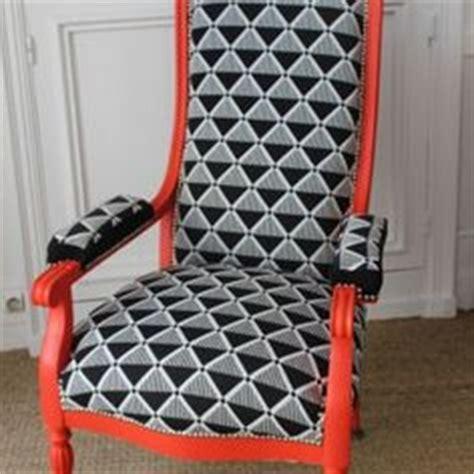 fauteuil des 233 es 20 enti 232 rement refait et recouvert d un tissu casadeco chairs