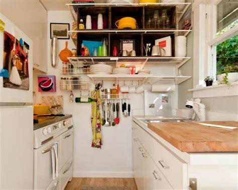 les astuces de cuisine 66 trucs astuces qui fonctionnent pour am 233 nager une cuisine