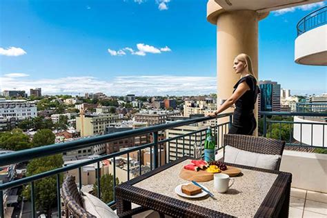 Apartments At Oaks On Castlereagh