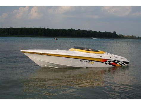 avanti water 2000 donzi 28zx powerboat for sale in michigan