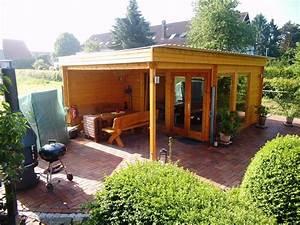 Gartenhaus Mit Dachterrasse : rustikales und modernes flachdach gartenhaus mit gro em grillplatz die berdachte terrasse ist ~ Sanjose-hotels-ca.com Haus und Dekorationen
