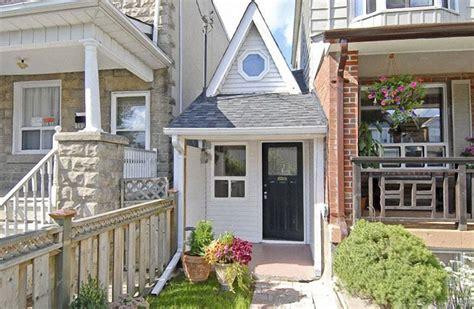 maison des petites lucioles insolite les plus petites maisons du monde le de immobilier finance gestion
