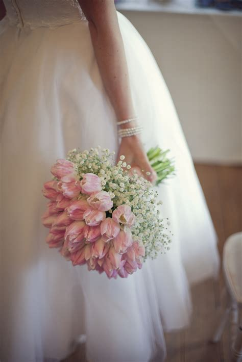 Romantic Wedding Flowers Styled Bridal Shoot Laurel
