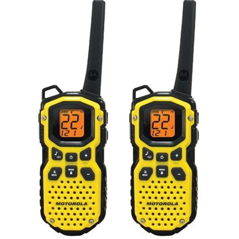 2 way radio range motorola ms350r talkabout two way radio 22 channels 8 repeater channels 121 privacy codes 7
