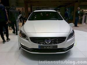 Volvo V60 Oversta Edition : volvo v60 d5 plug in hybrid special edition front at the 2015 geneva motor show indian autos blog ~ Gottalentnigeria.com Avis de Voitures