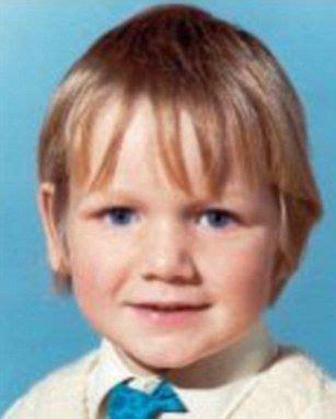 gordon ramsay as a kid gordon ramsay young google search history pinterest
