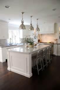 White Kitchen Islands Best 25 Kitchen Islands Ideas On Island Design Kitchen Layouts And Kitchen Island