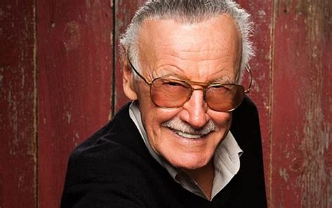 marvel gave stan lee  touching tribute   birthday