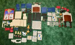 Trio Building Blocks Lot Of P6841 King U0026 39 S Castle Pieces