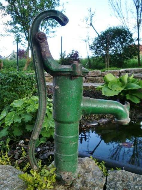 Schöne Deko Für Den Garten by Zur Deko Im Garten Sch 246 Ne Nostalgische Pumpe Derzeit