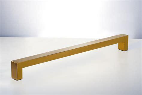Rockefeller Single Side Modern & Contemporary Towel Bar