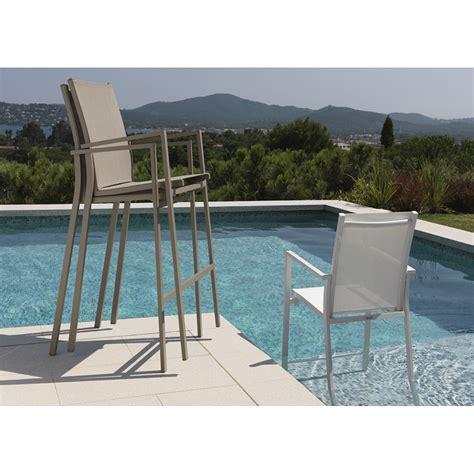 chaise haute exterieur chaises hautes pour mange debout maiorca par talenti