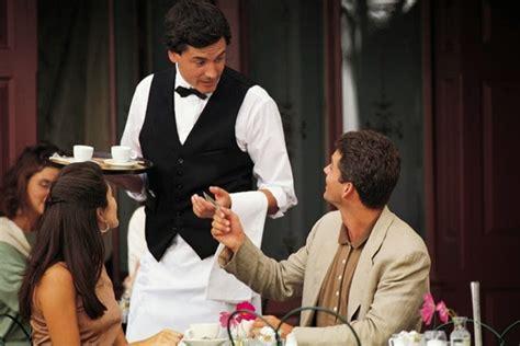 contoh percakapan bahasa inggris  restoran english