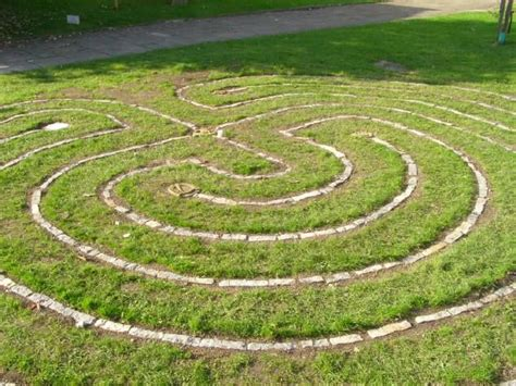 Backyard Labyrinth by 17 Best Images About Labyrinths On Gardens