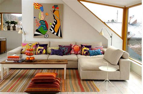 cozy sofa filled  accent pillows decoist