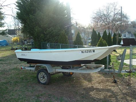 Boating License Boston by Boston Whaler 13 Foot With Extras The Hull