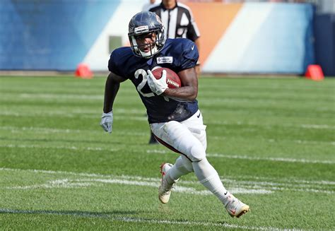 tarik cohen adds  human joystick legend  basketball