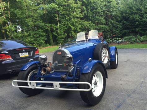 It is one of the best looking bugatti kit cars i've seen and it gets lost of waves. 1927 Bugatti Type 35B Replica/Kit Car for sale: photos, technical specifications, description
