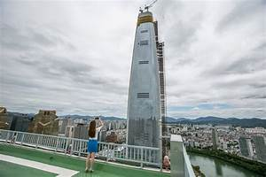 Lotte World Tower Rises, and Leery Koreans Watch - The New ...