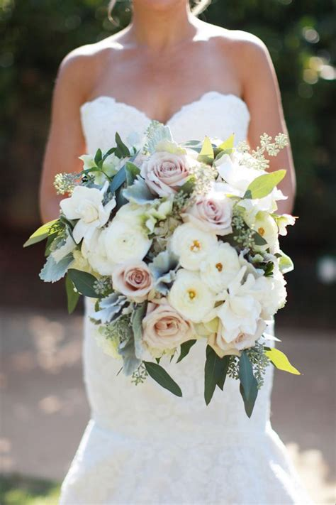 bouquets light white images  pinterest