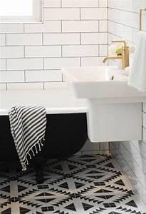 vous cherchez des idees pour un carrelage noir et blanc With photo salle de bain noir et blanc