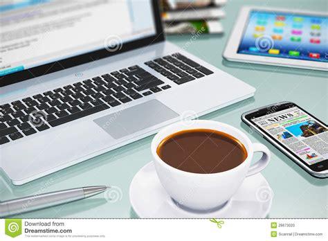 travail de bureau lieu de travail moderne de bureau photo stock image