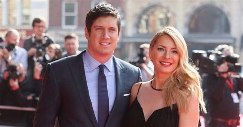 Tess Daly shares rare throwback of Vernon Kay on holiday ...