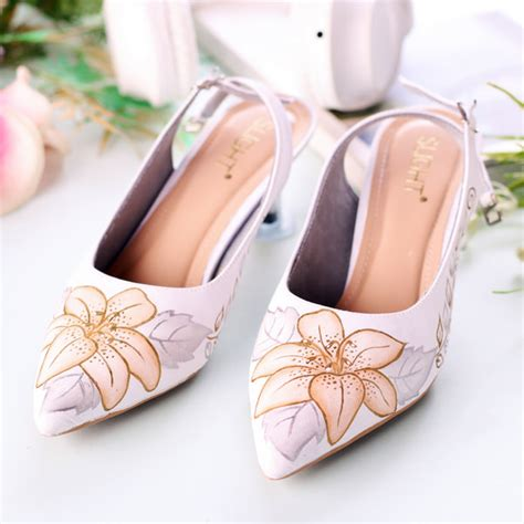 sepatu sandal slingback putih slightshop