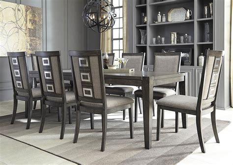 Harlem Furniture Chadoni Gray Rectangular Dining Room