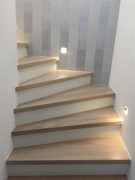 Fliesen Unterbau Holz by Eiche Stufen Auf Beton Treppenbelag Das Original